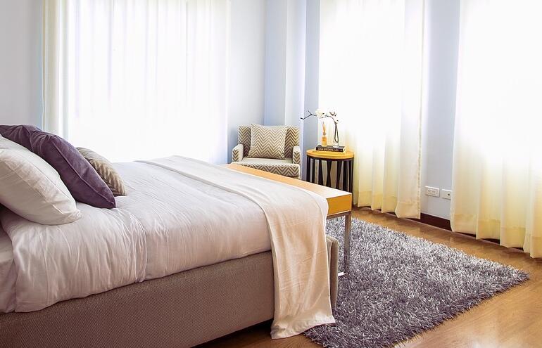 床,地毯,刚装修好的房子往往存在甲醛.jpg